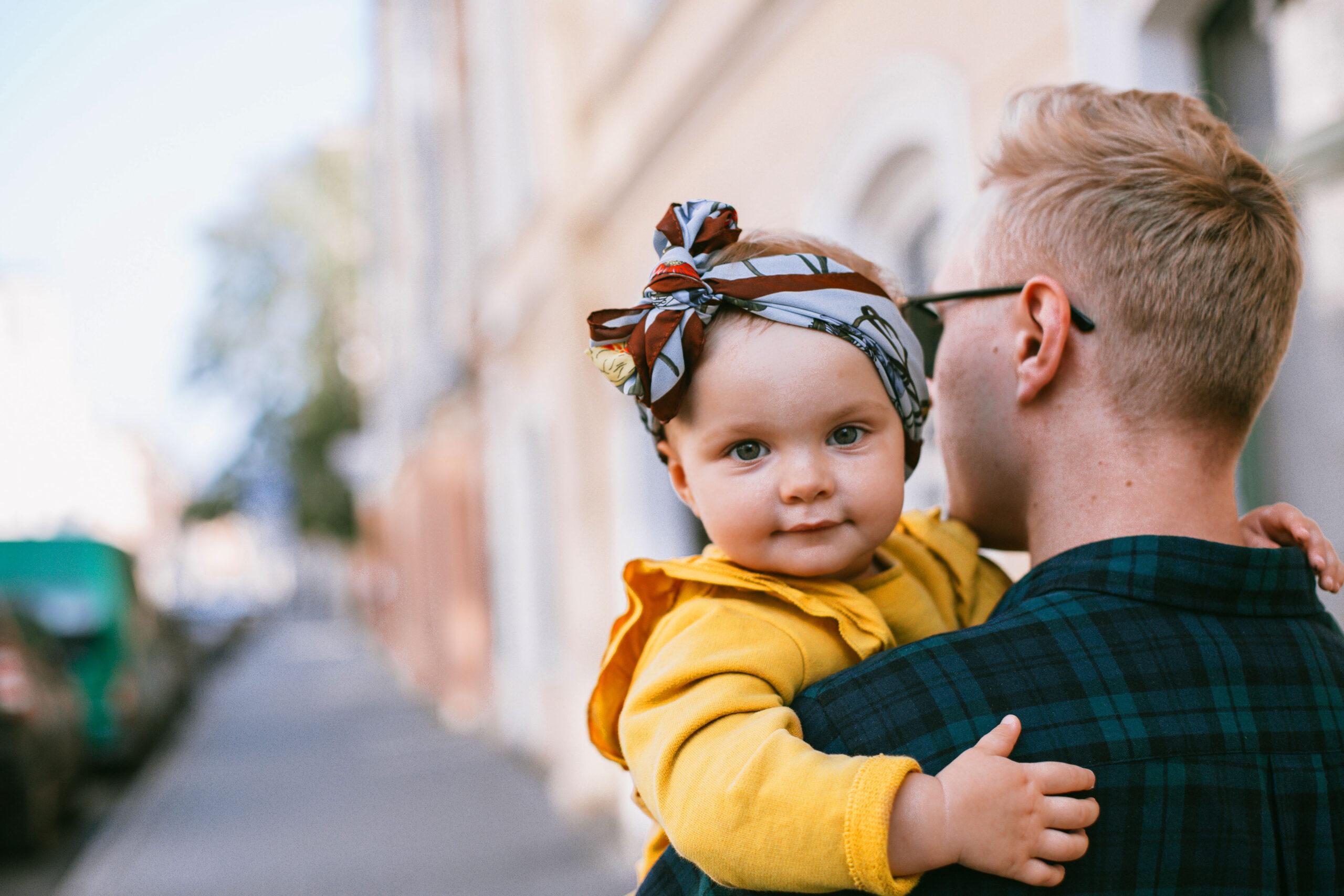 Papa und Baby