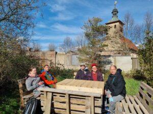 Die Bewohner des ehemaligen Pfarrhauses in Schwanebeck